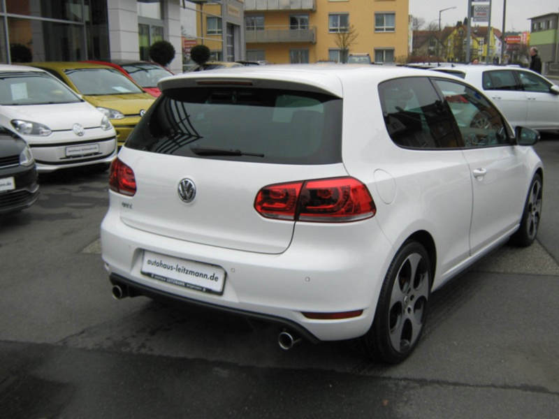 VW GOLF 6 GTI 102 000 km 12 2010 BLANC 03