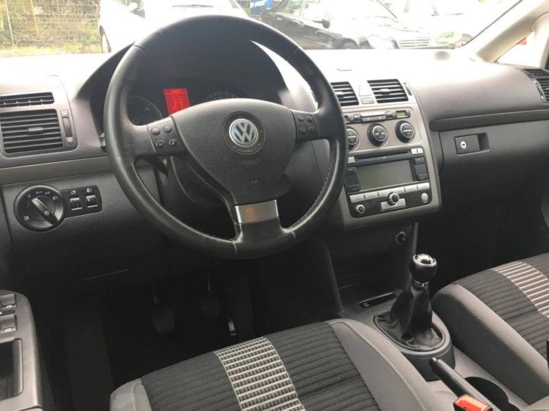 VW TOURAN 1.9TDI 98 530 km 09 2008 GRIS 10