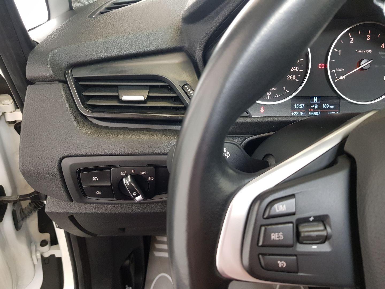 BMW 218d ACTIVE TOURER