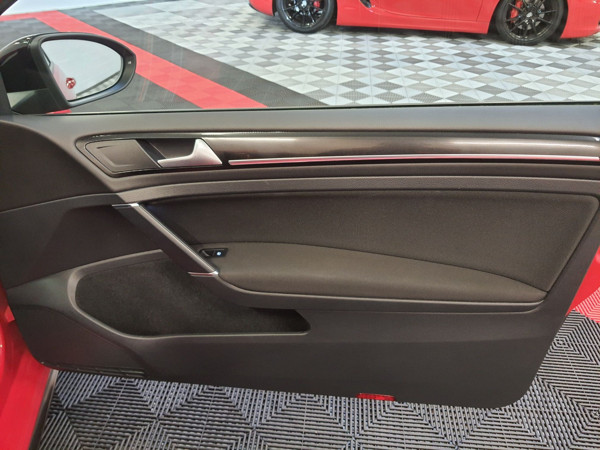 VW GOLF 7 GTI 220