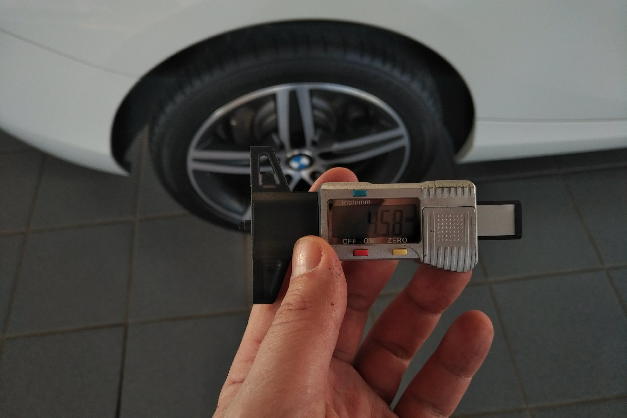 BMW 114i SPORT 42984KM 01 2013 BLANC 3P. 12