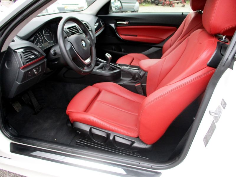 BMW 116i Sport 01 2013 56950KM Blanc