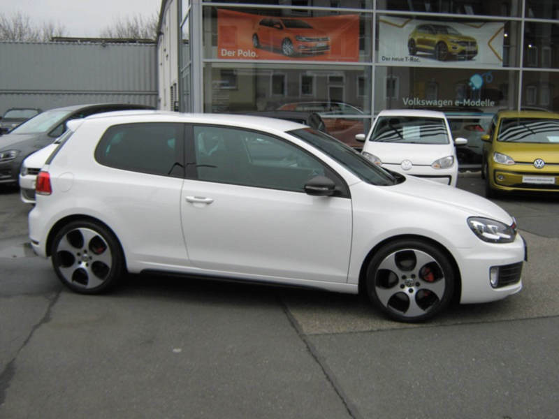 VW GOLF 6 GTI 102 000 km 12 2010 BLANC 01