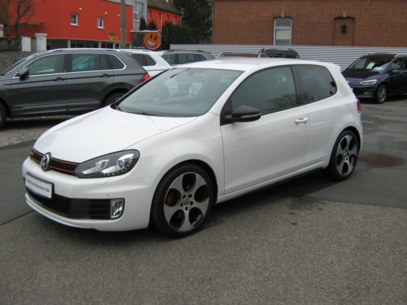 VW GOLF 6 GTI 102 000 km 12 2010 BLANC 05
