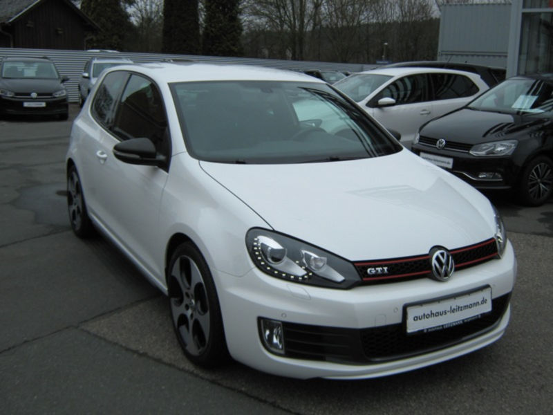 VW GOLF 6 GTI 102 000 km 12 2010 BLANC